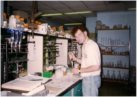 Back in the day doing real-world experiments in Professor Wolgang Stephan's lab at the University of Maryland-College Park.